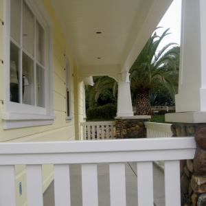 herron-porch-interior
